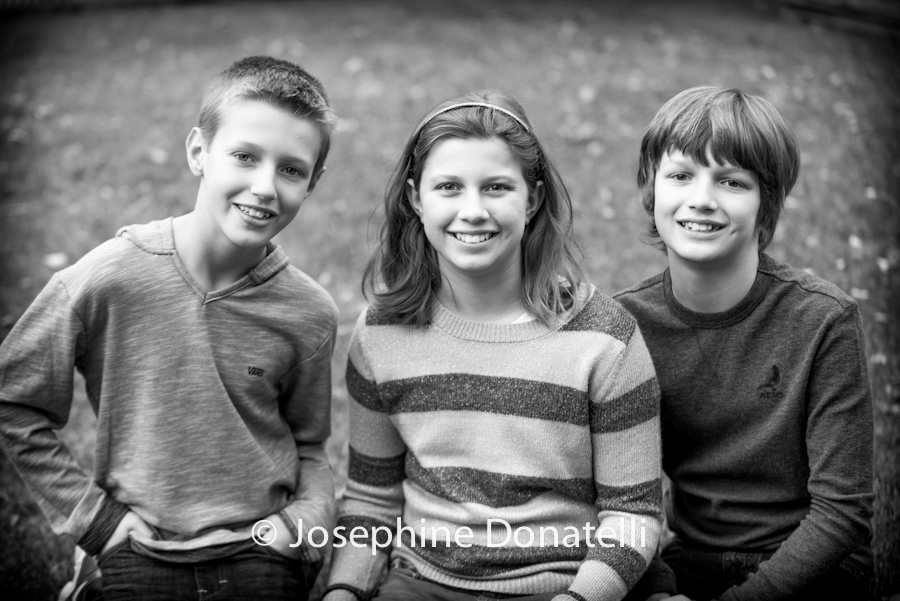 Holiday-Family-Portraits-Black-and-White-Josie-Donatelli-Captured-Event